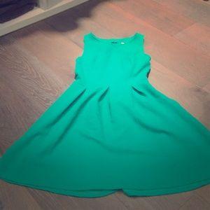 Kelly green small skater type dress xhiliration